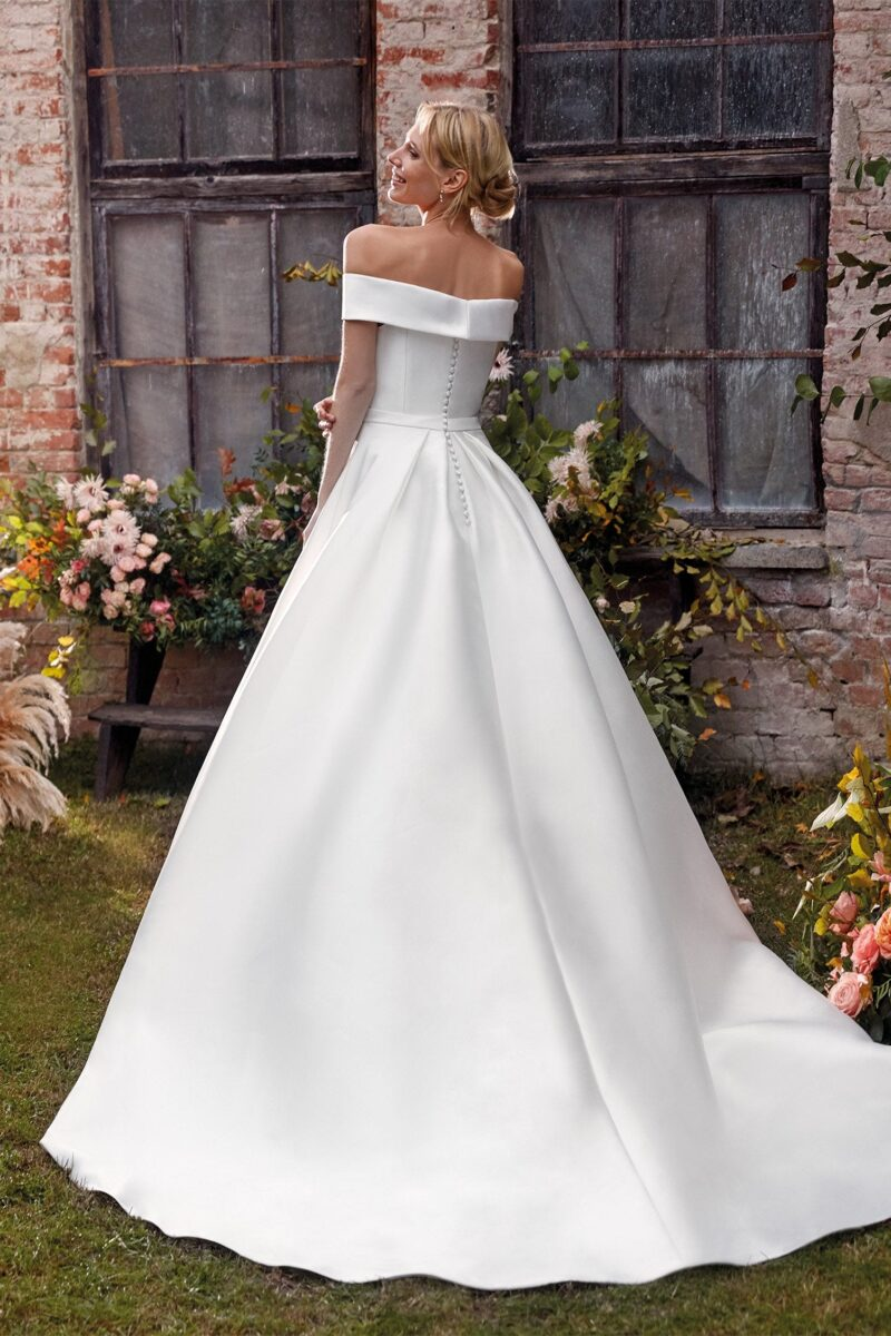 Elizabeth Bridal Nicole Milano Collection Colet 12141 02