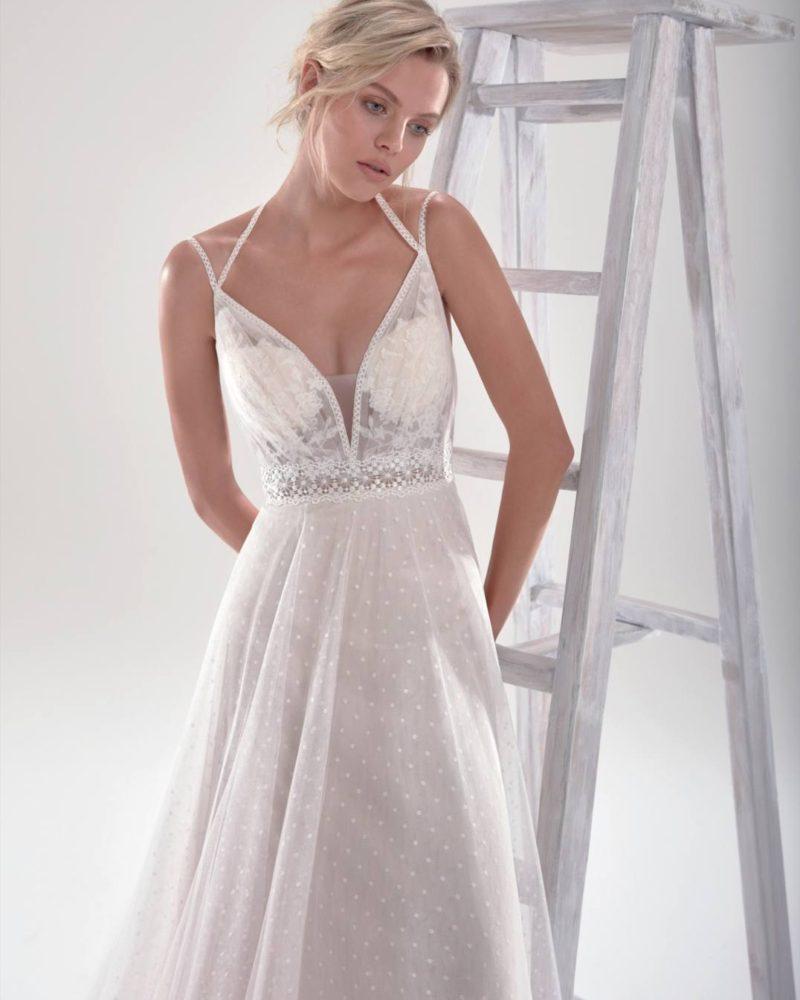 Elizabeth-Bridal-Aurora-20481-01