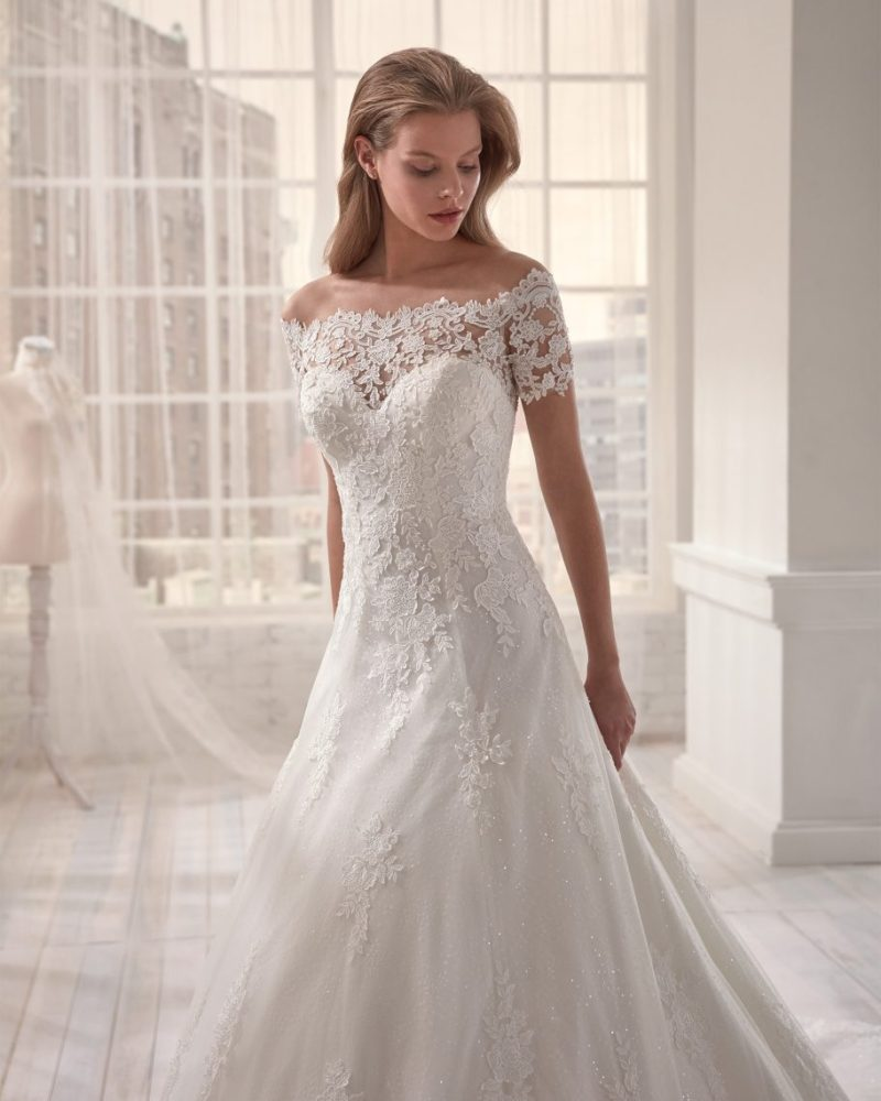 Elizabeth-Bridal-Jolies-20011-01