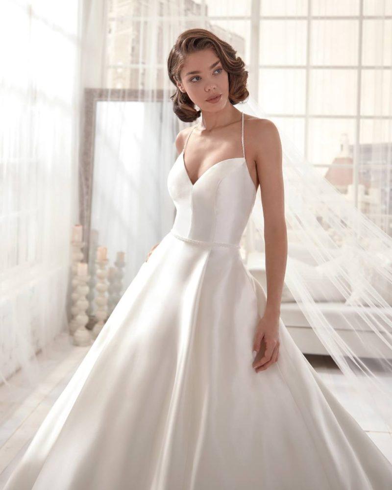 Elizabeth-Bridal-Jolies-20621-02