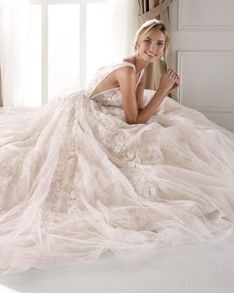 Elizabeth-Bridal-Nicole-20131-01