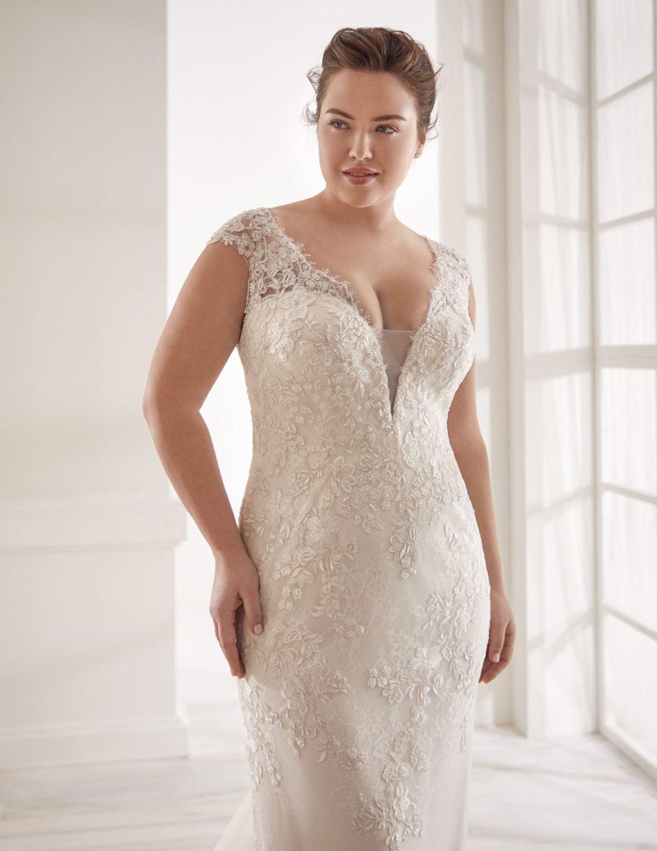 Elizabeth-Bridal-Nicole-Curves-20212-02