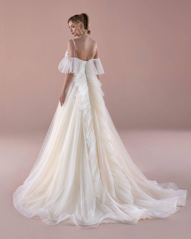 Elizabeth-Bridal-Romance-20121-02