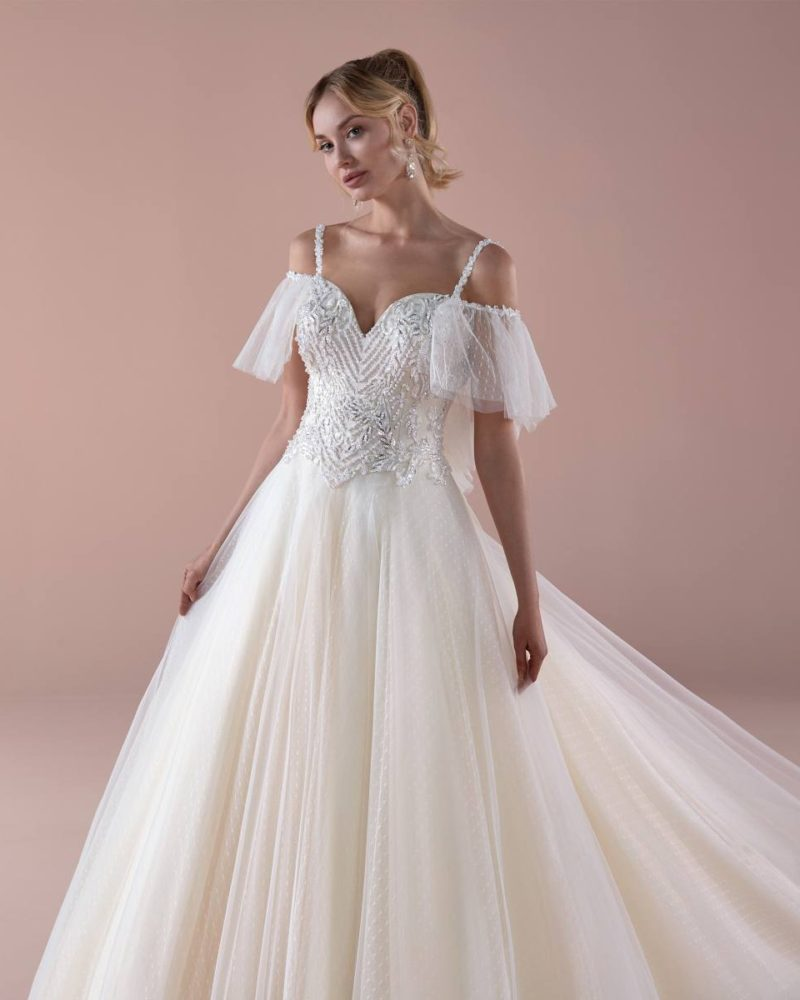 Elizabeth-Bridal-Romance-20121-03