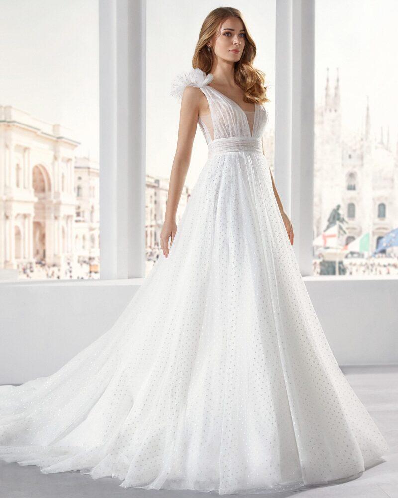 Elizabeth Bridal Nicole Milano Collection Jolies 12117 01