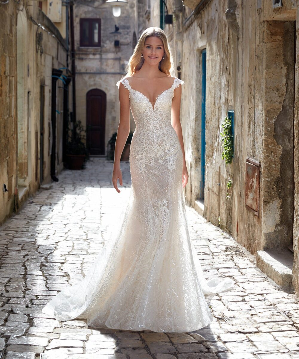Elizabeth Bridal Nicole Milano Collection Romance 12114 01