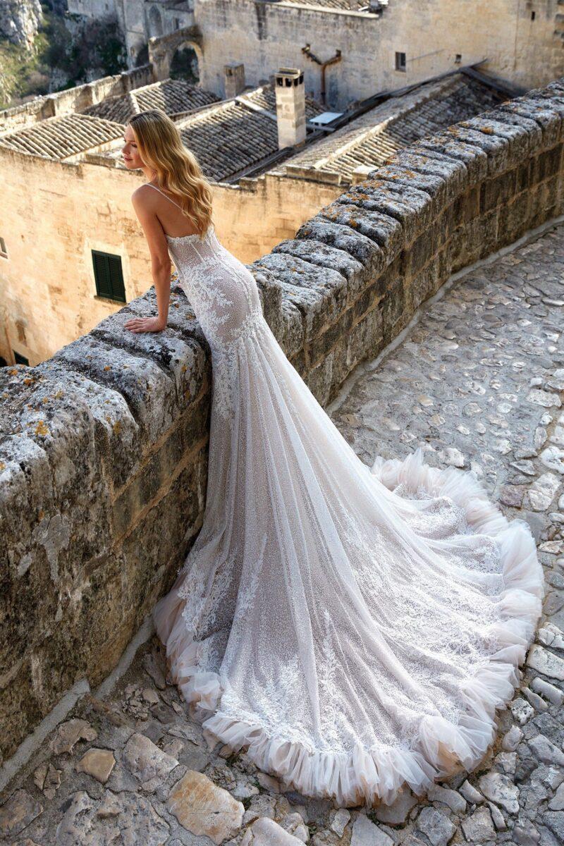 Elizabeth Bridal Nicole Milano Collection Romance 12141 02